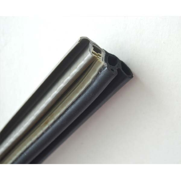 PVC-EPDM with Metal Insert For Automotive (3)